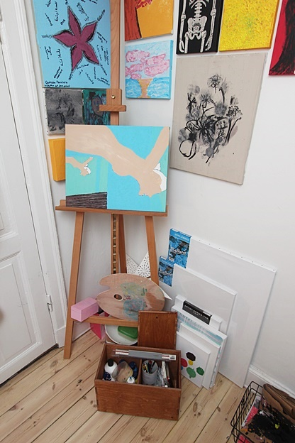 My Daughters Box Room Right Side: Paint Box For My Daughters Artist Area.