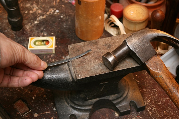 Carving tools #6: Carving knifes from old plane iron - spoon